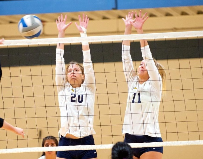 Women's Volleyball Sweeps Purchase for Fourth-Straight Win