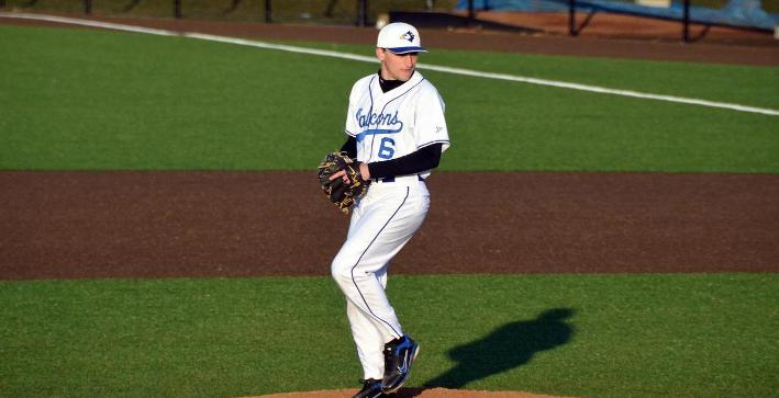 Gross posts shutout, Baseball opens season with split against Gusties