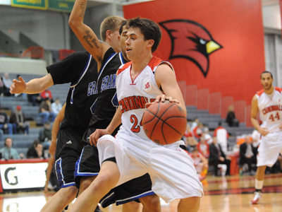 Cardinals Rally Late, Fall to Lakers 68-63