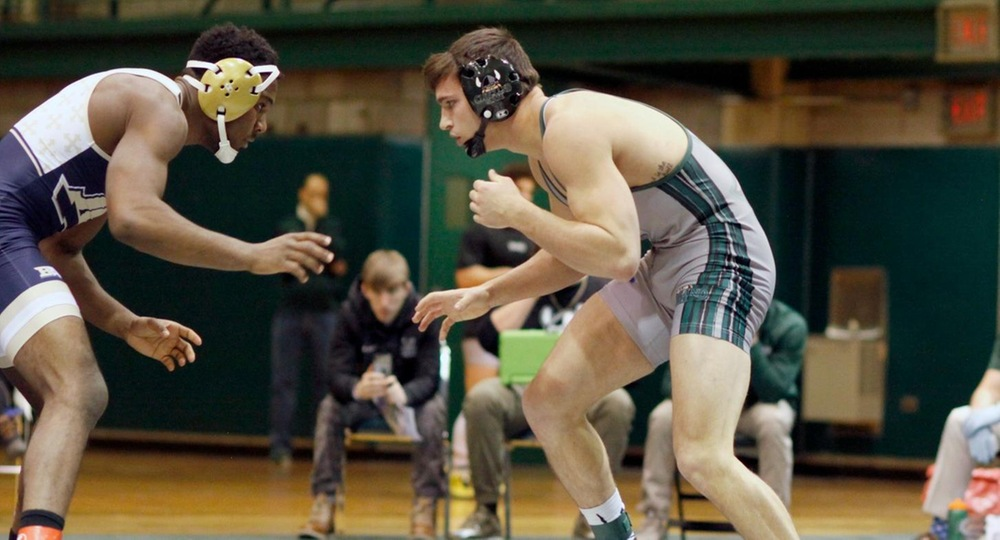 Three Vikings Advance to Final Day of Southern Scuffle