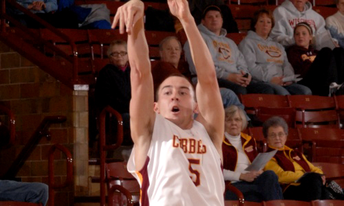 Andrew Martinson went 4-for-5 from 3-point range in the first half and finished with a team-high 19 points in Concordia's 93-72 win over St. Mary's.