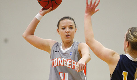 Williams Records Double-Double to Lead #5 Women's Basketball Past Whitworth 76-65