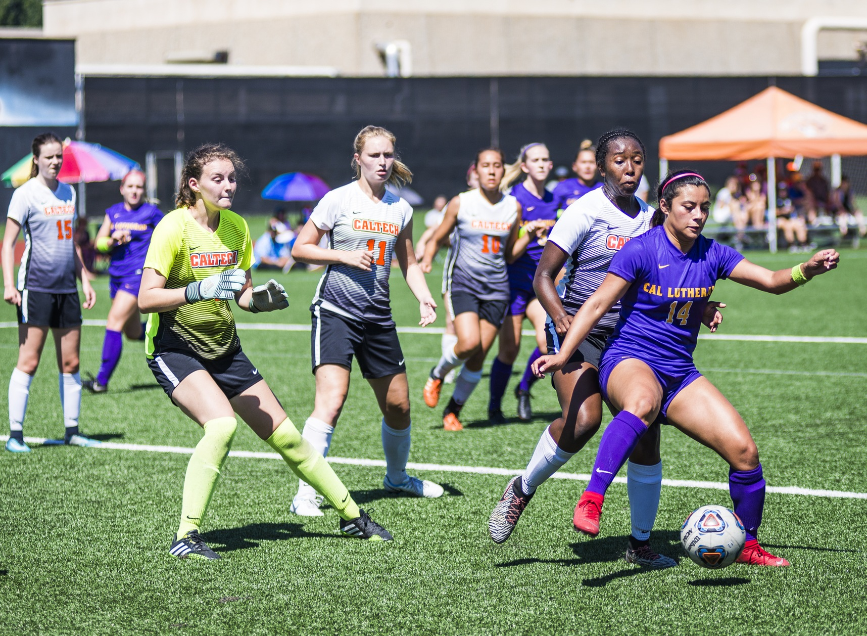 Women's Soccer Holds Defending Champs Scoreless for 80-Plus