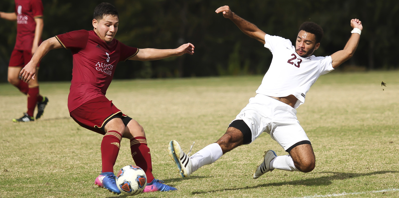 Top Seeded Trinity Scores Late to Defeat Austin College