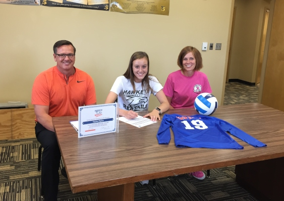 Taylor Spies signs with RedTail Volleyball