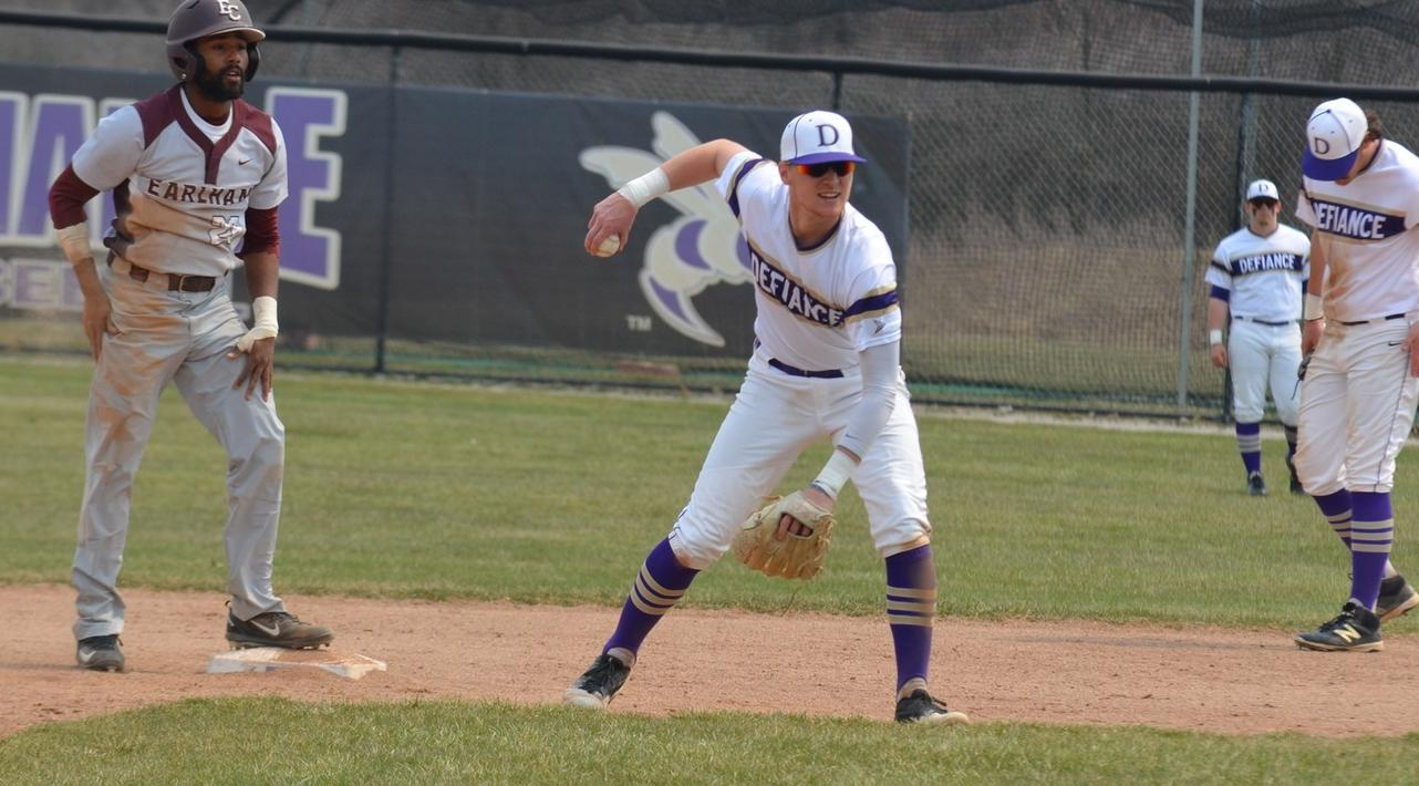 Late Rally Falls Short in HCAC Action with Earlham