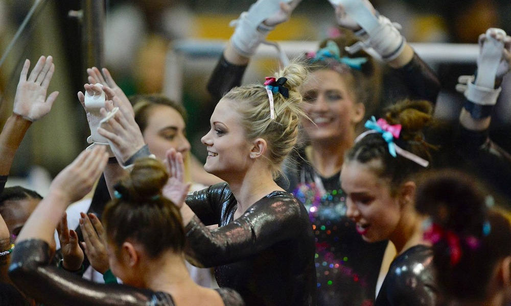 GYMNASTICS LOOKS TO CONTINUE HOT STREAK IN TRI-MEET ON FRIDAY