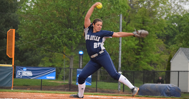 Josie Novak '18 delivers a pitch during a game versus Johnson & Wales (R.I.) University in NCAA DIII Ewing, N.J. Regional.