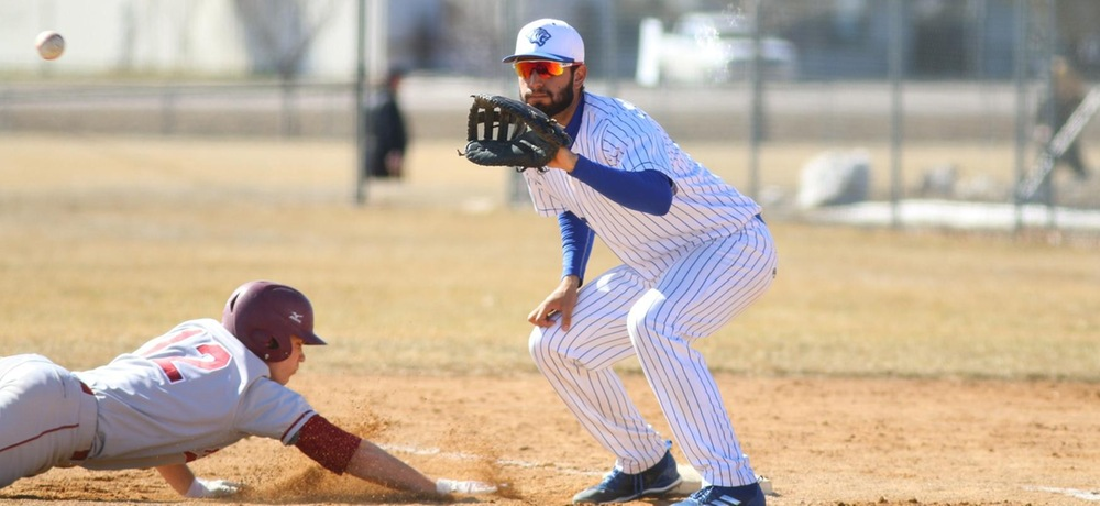 Oropeza homerun lifts DWU to second game victory over Broncos
