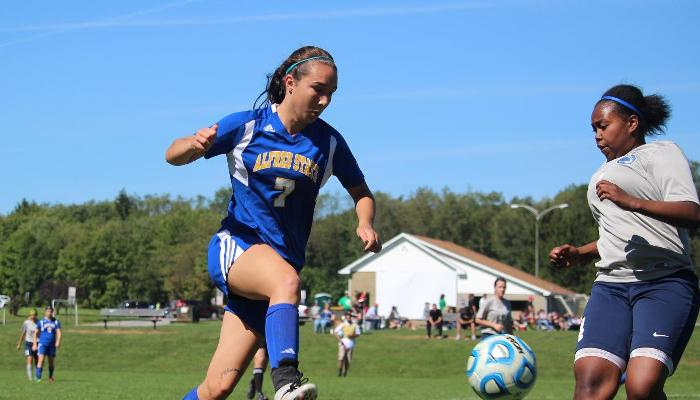 Women's Soccer Ranked #12 in Latest USCAA Poll