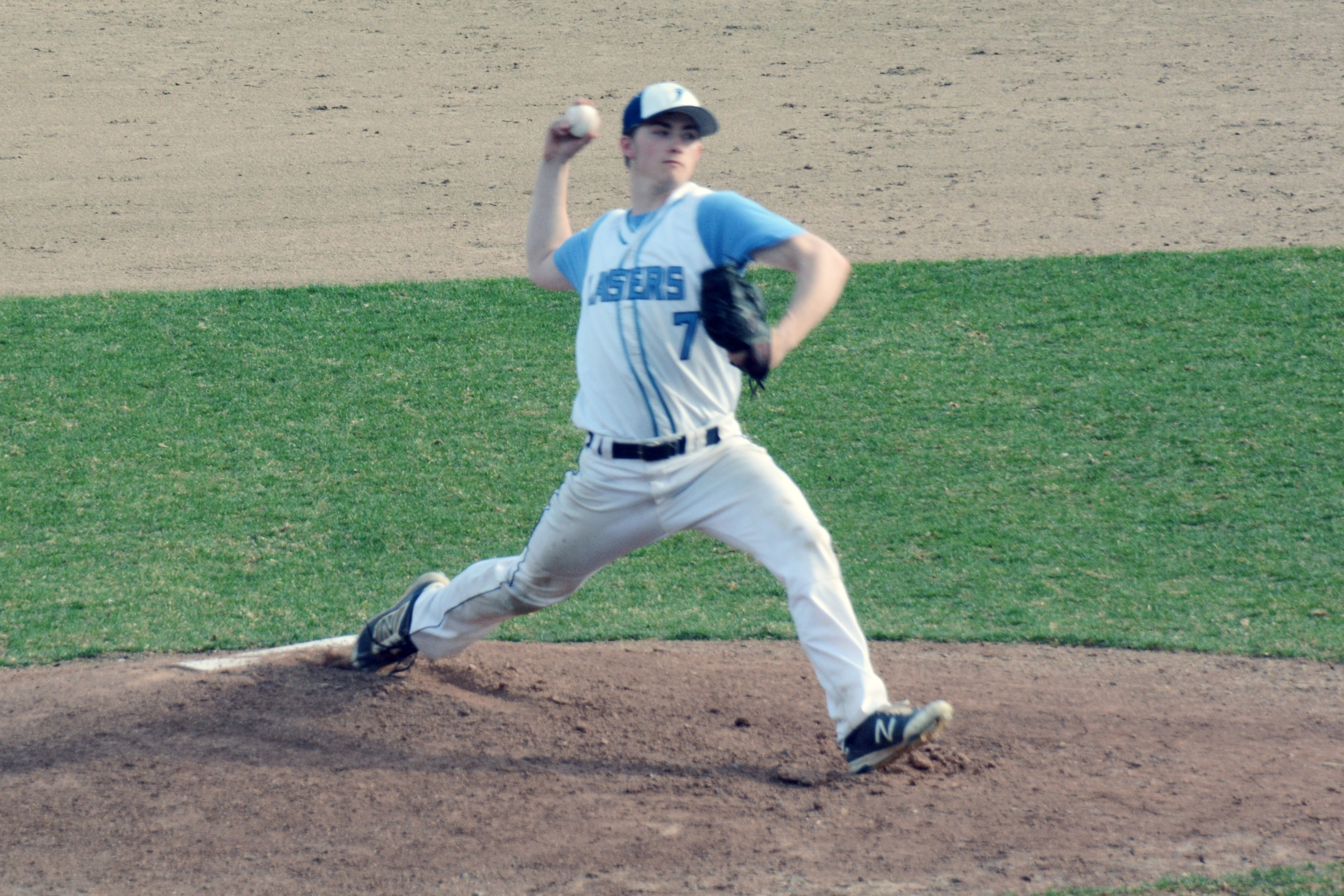 Lasell Baseball advances in GNAC Tournament with win over Norwich