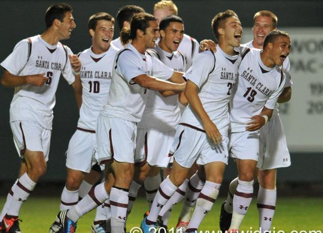 EYEBRONCO: Checking in with the Men's Soccer Camp