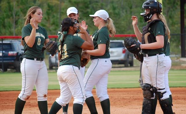 Lady Gators Advance to the Sweet Sixteen