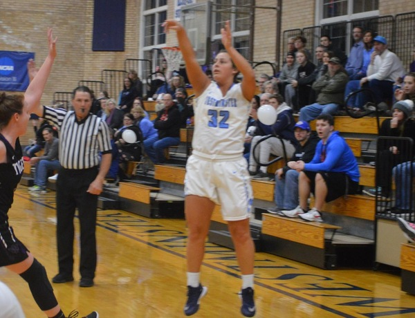 Explosive Offense Leads Westminster Women's Basketball Over Iowa Wesleyan