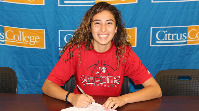 Sophomore Jessica Rosas has signed a scholarship offer with Bacone College (OK).