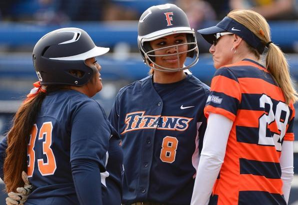Titans Blast Three Homers to Outlast Grand Canyon, 9-7