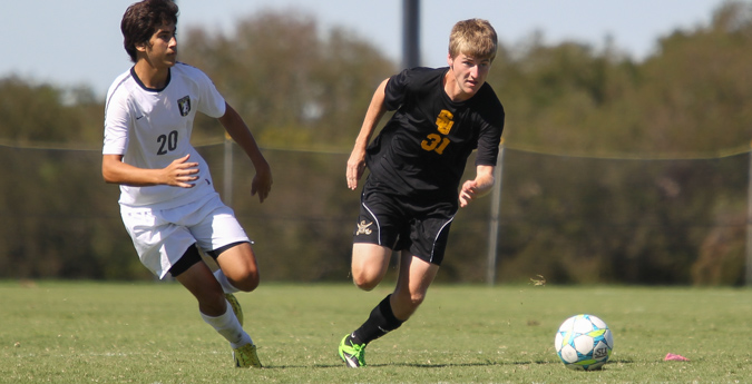 Pirates and 'Roos match ends in scoreless tie