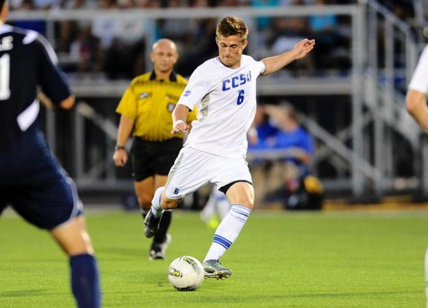 Menzies' Goals Lift CCSU Over The Mount