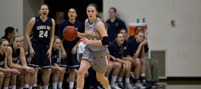 Puget Sound Rallies Late to Split Conference Series Against Women's Basketball