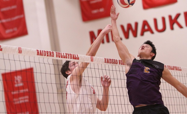 Men's Volleyball Rolls in Season-Opening Sweep of Stritch