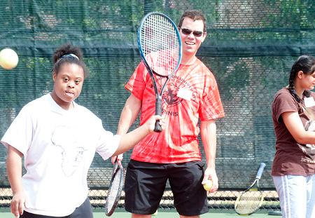 Washington University Tennis Runs Special Olympics Clinic