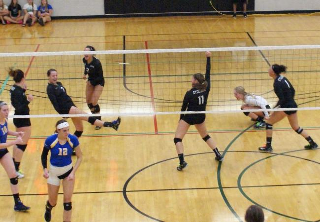 Cyclones VB open with 4 wins in SCTCC Tourney