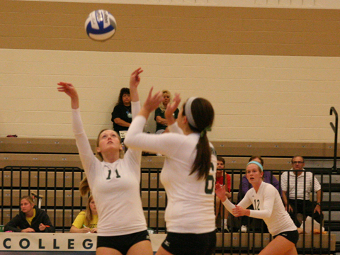 Volleyball Falls To Mount Vernon Nazarene in Straight Sets
