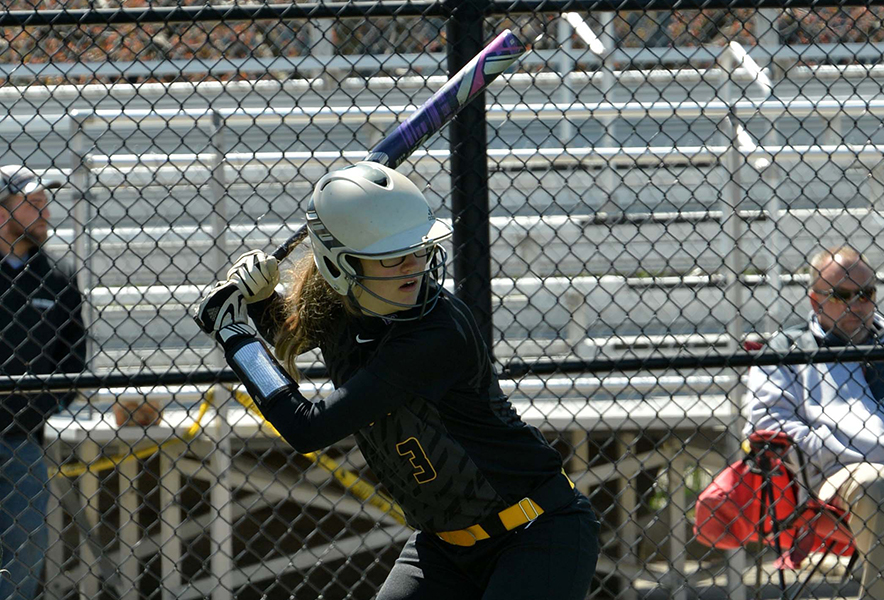 Offense Helps Softball Pick up Split Against Mass. Maritime
