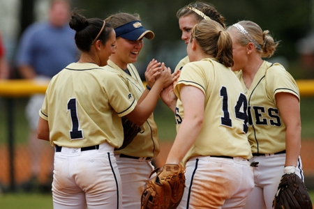 Softball team looks to surprise folks in PBC