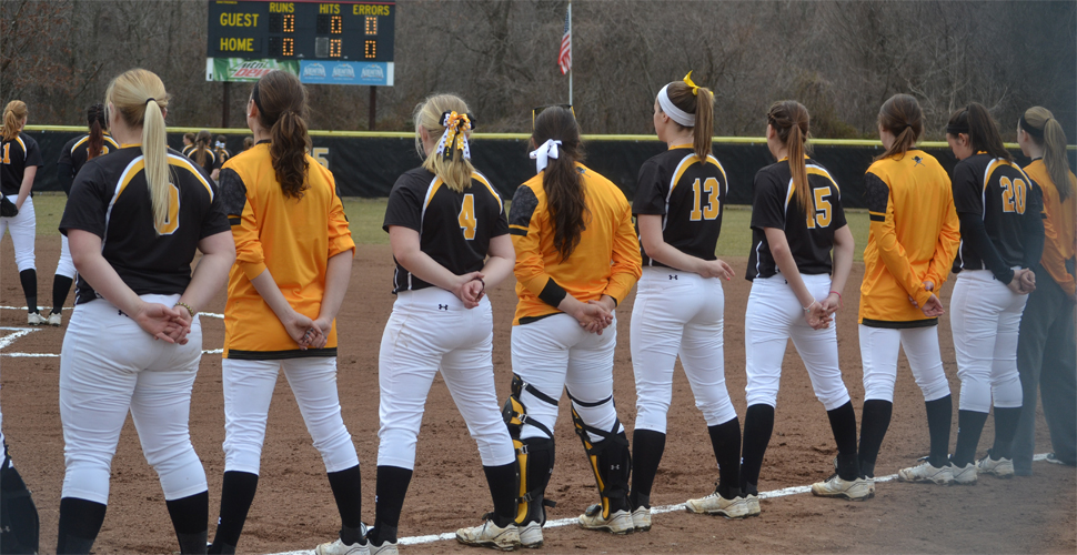 Softball Hosts 10th Annual Dawg Pound Invitational
