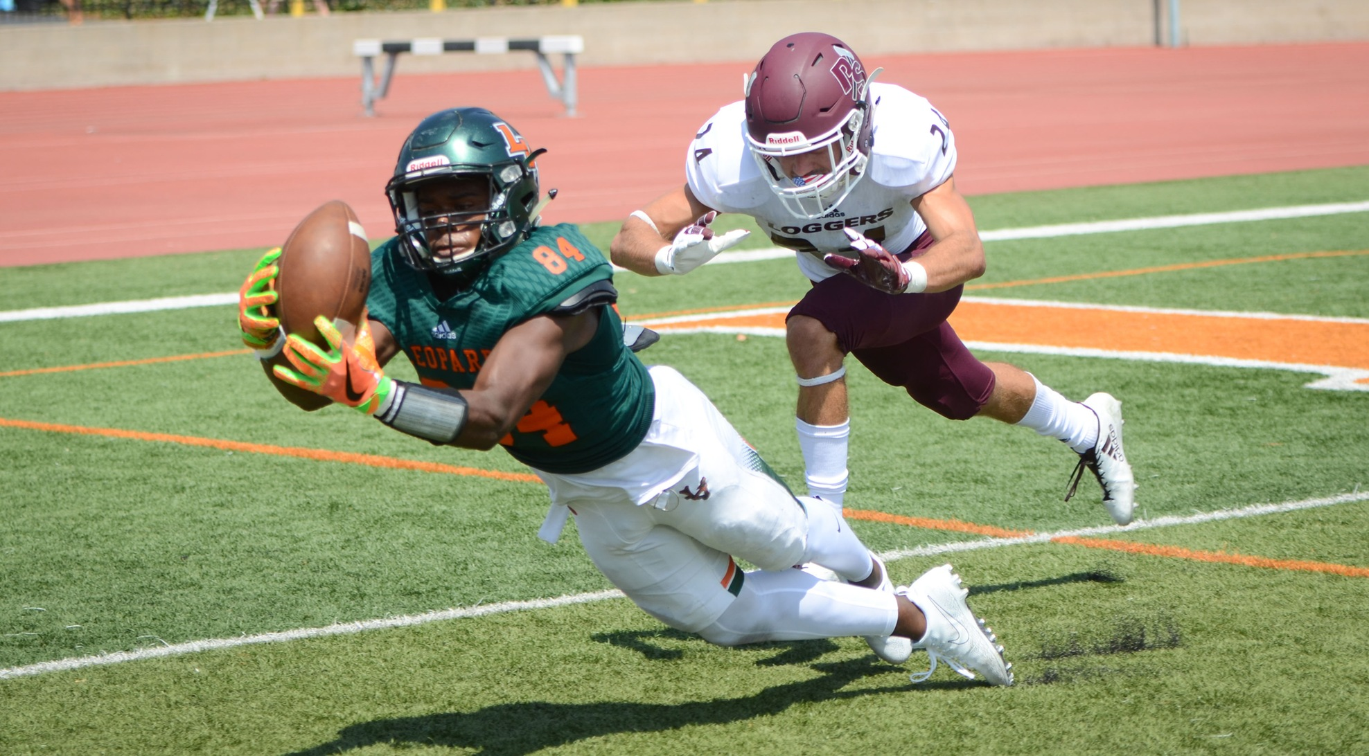 Football opens season with win over Puget Sound
