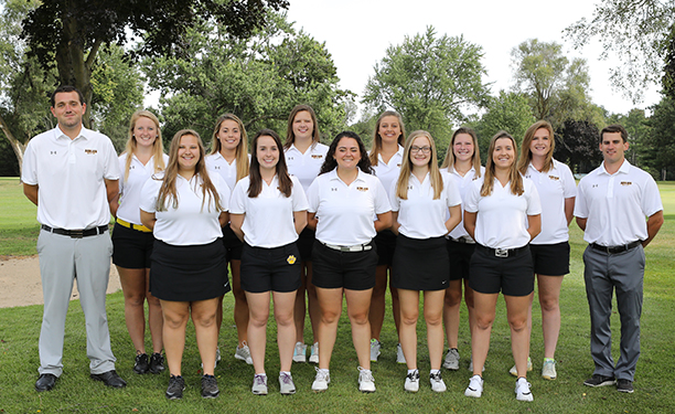 The 2017-18 Adrian College women's golf squad. (Photo by Mike Dickie)