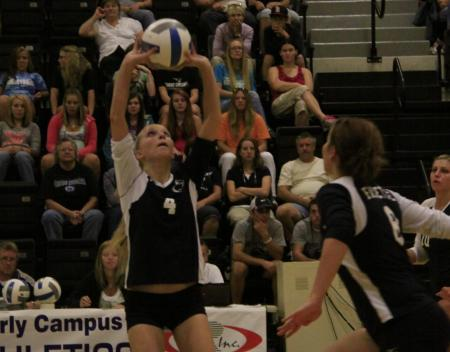 Volleyball Sweeps Beaver and GA