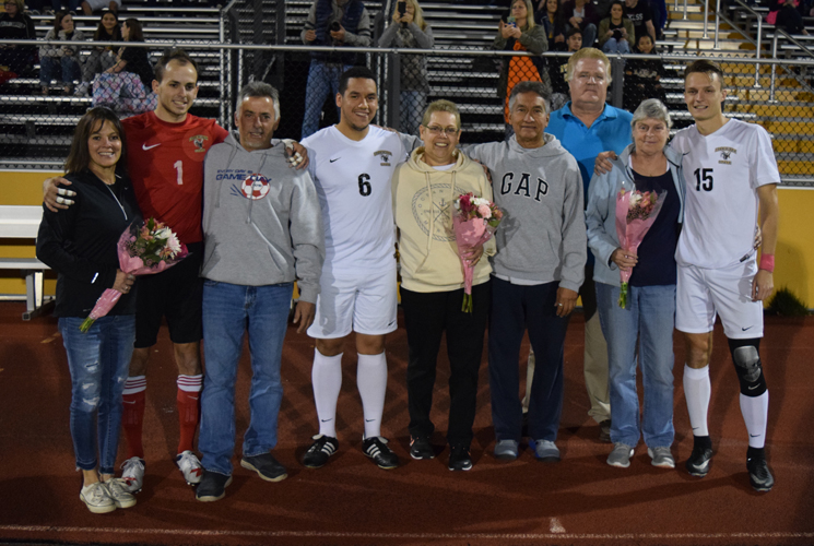 Men's Soccer Falls to Worcester State on Senior Night