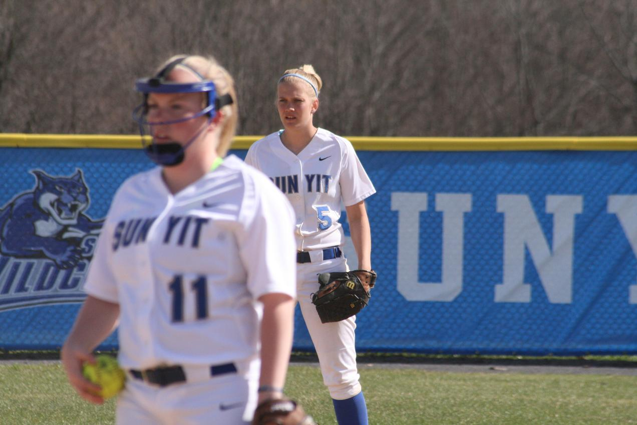 Softball Wins 3 of Last 4 Games, Earns North Division #2 Seed for Upcoming NEAC Tournament at SUNY Cobleskill