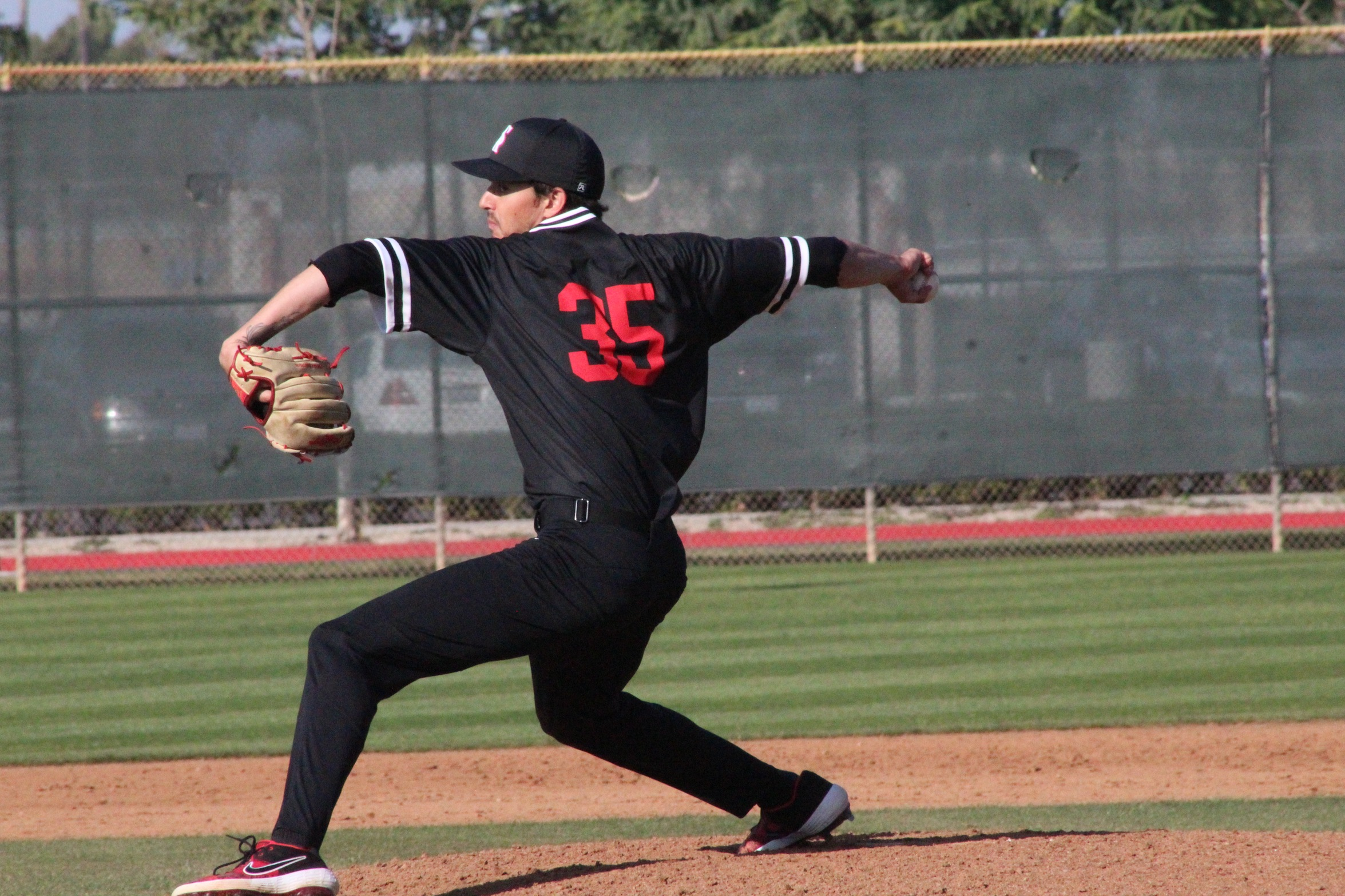 Lopez Comes Up Clutch While Samuels Finishes Strong in 5-4 Win Over GWC