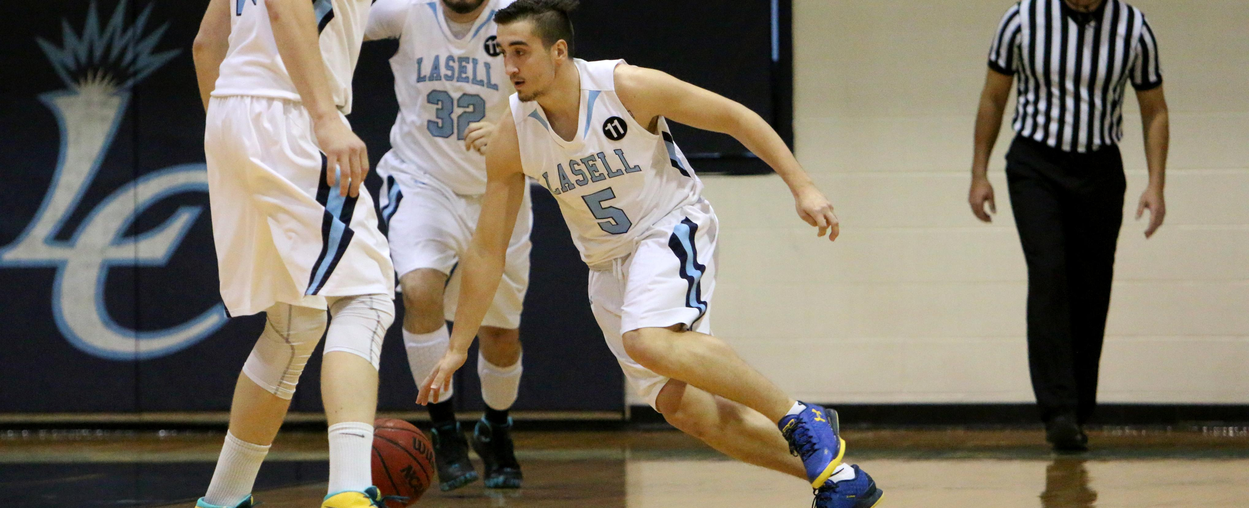Omanovic Beats Last Second Buzzer to Propel Men's Hoops over AMCATS 71-69