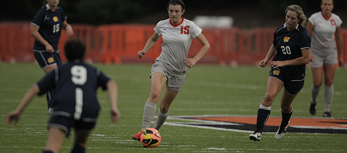 Women's Soccer Ends Season at Puget Sound