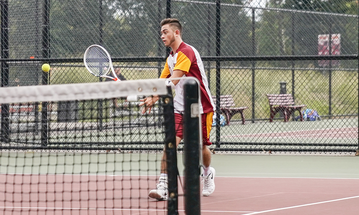 Men's Tennis Loses to Wheaton