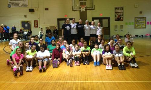 UMW Women's Volleyball Volunteers at Local Clinic