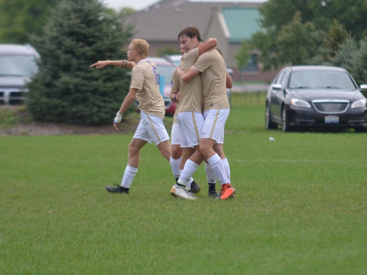 Men's Soccer Begins HCAC Play with Overtime Thriller