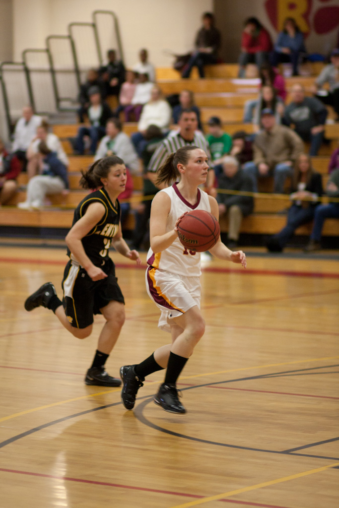 WOMEN'S BASKETBALL PICKED TO FINISH FIRST IN NECC PLAY