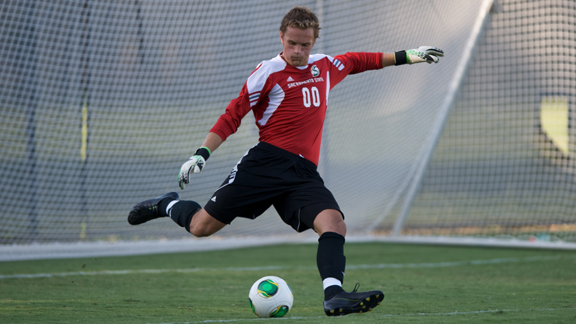 MEN'S SOCCER SHUT OUT BY CAL STATE FULLERTON 2-0