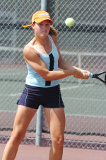 UCSB Wins Key Doubles Point in 4-3 Win at CSF