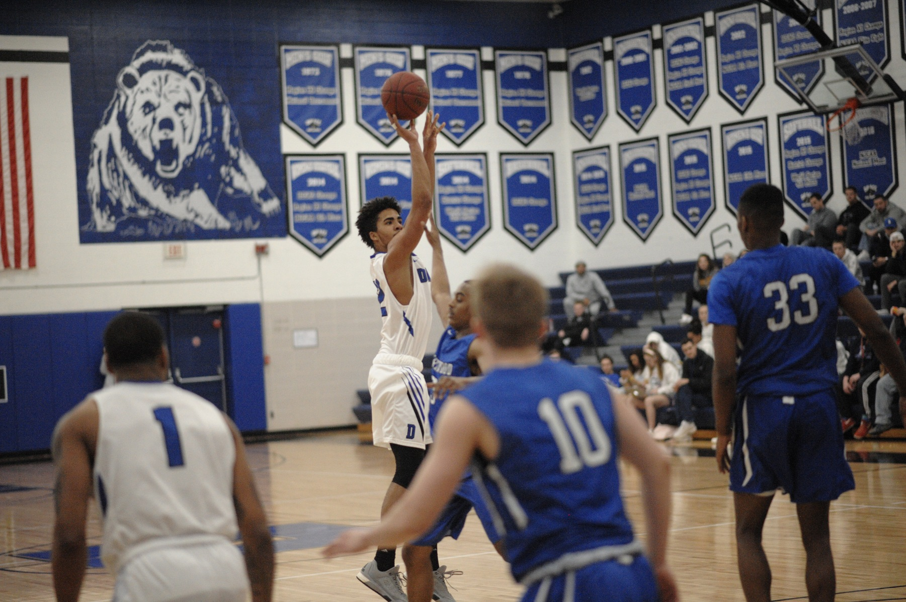 DMACC men's basketball team tops LPT, upsets NIACC