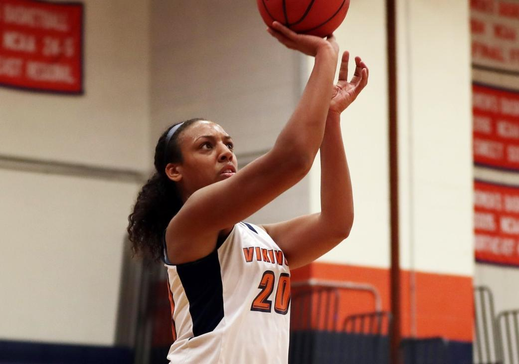 Fernandes Posts Double-Double in Salem State's 48-44 Win Over Endicott