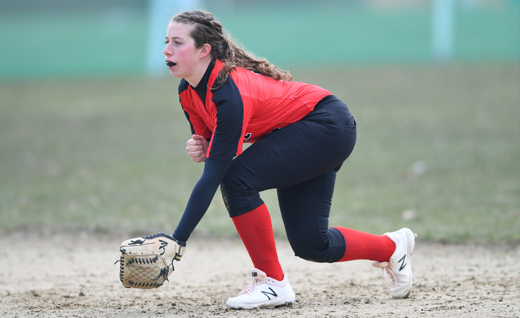 Offensive Explosion Helps Softball Split at Lesley
