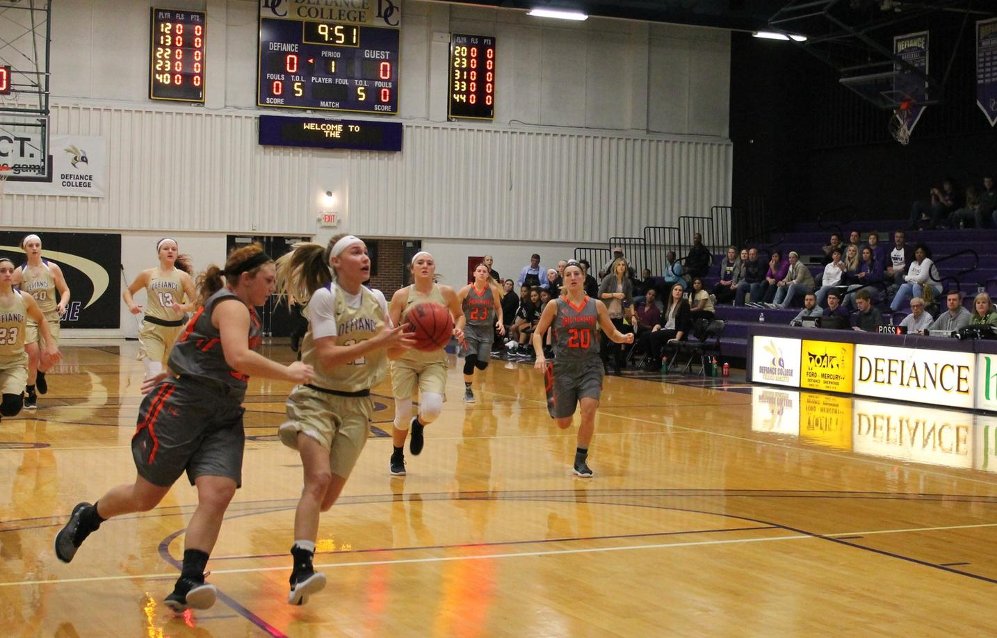 Shooting Woes Sink Yellow Jackets in Non-Conference Action