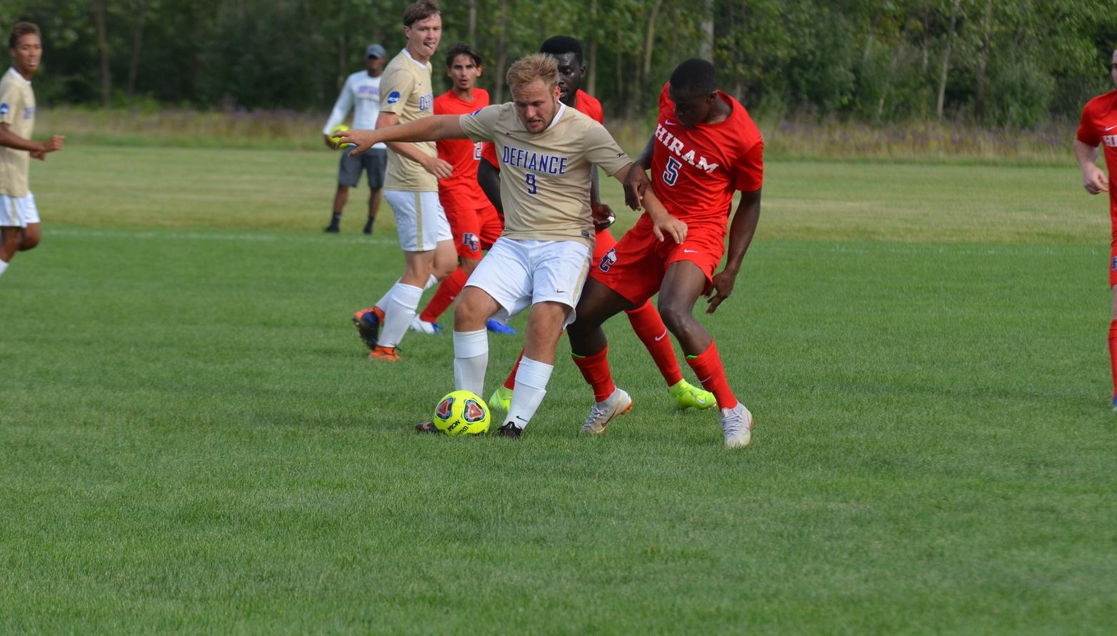 Second Half Rally Falls Short as Men's Soccer Drops Season Opener