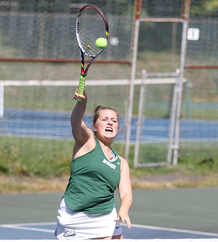 Gators tops SUNY-Delhi in women's tennis play